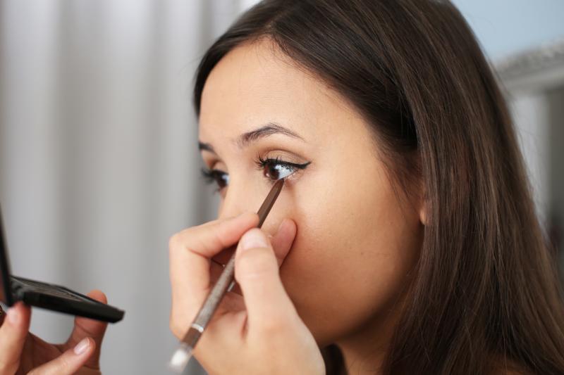 eyeliner richtig auftragen