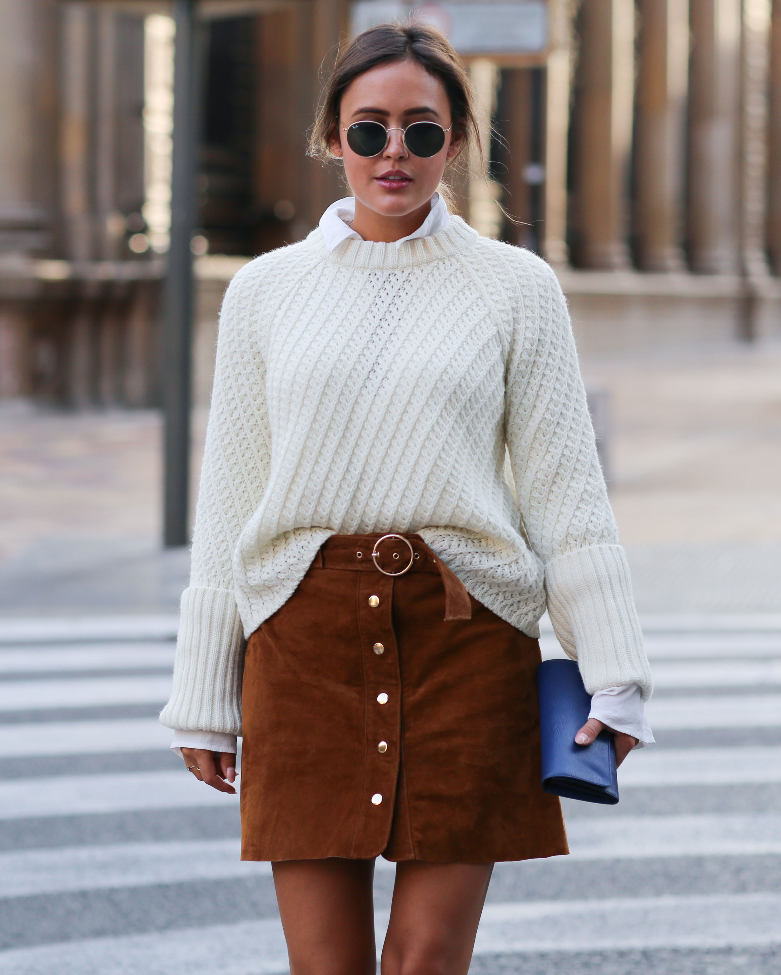 FALL LOOK – KNITTED SHIRT, VELVET BOOTS AND LEATHER SKIRT