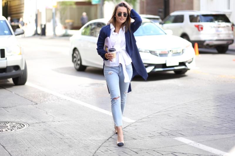 Streetstyle - Jeans, Pumps, SOnnenbrille, Bluse, Cardigan