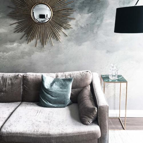 Monochromes Interieur, Design, Home & Living schwarz, rosa Einrichtungsstil, graue Interior Details